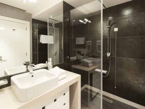Martyn Farnworth Bathroom Design